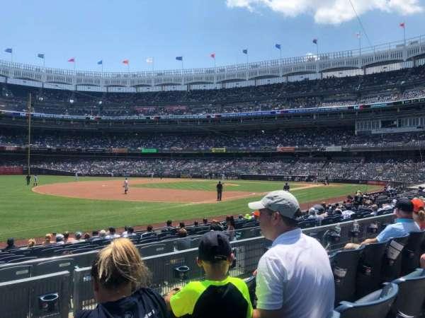 Yankee Stadium, sección: 128, fila: 3, asiento: 14