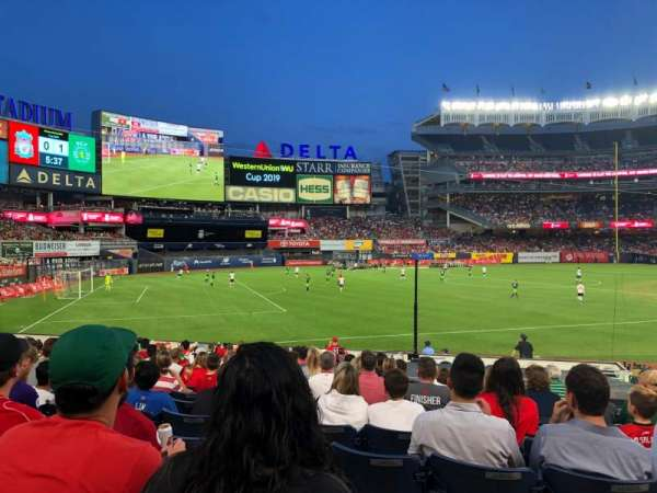 Yankee Stadium, sección: 129, fila: 21, asiento: 4