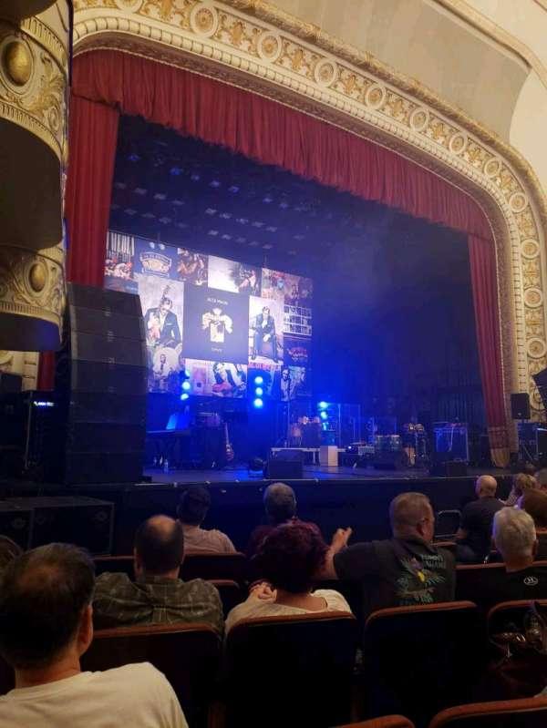 Palace Theatre (Greensburg), sección: ORCH, fila: F, asiento: 8