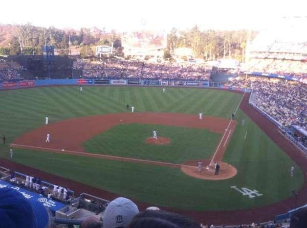 Dodger Stadium, sección: 7rs, fila: D, asiento: 15