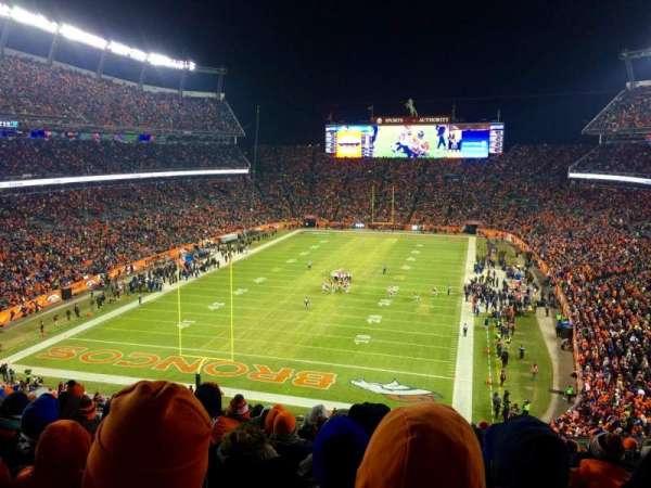 Broncos Stadium at Mile High, sección: 321, fila: 16, asiento: 12