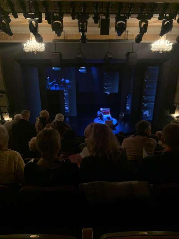 Music Box Theatre, sección: Mezzanine C, fila: K, asiento: 110