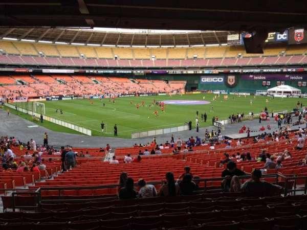 RFK Stadium, sección: 313, fila: 9, asiento: 11