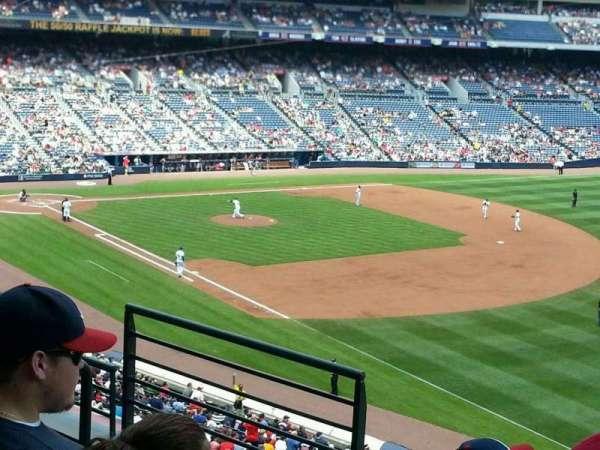 Turner Field, sección: 321r, fila: 4, asiento: 5