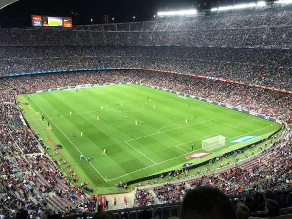 Camp Nou, sección: 415, fila: 6, asiento: 1