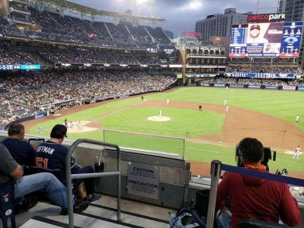 PETCO Park, sección: 209, fila: 4, asiento: 2