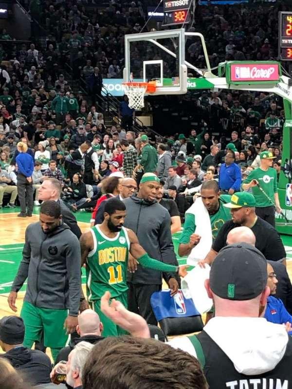 TD Garden, sección: Loge 4, fila: A, asiento: 6