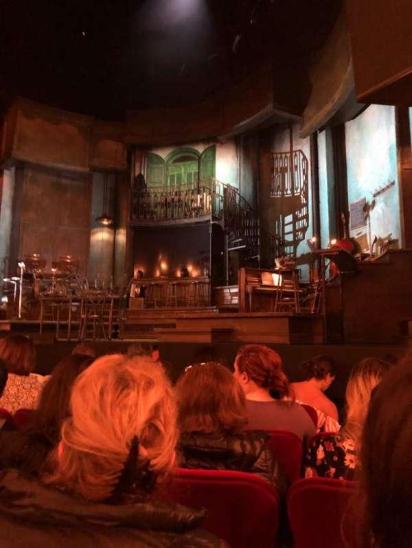 Walter Kerr Theatre, sección: Orchestra Right, fila: F, asiento: 10