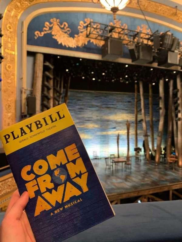 Gerald Schoenfeld Theatre, sección: Mezzanine L, fila: A, asiento: 9/11