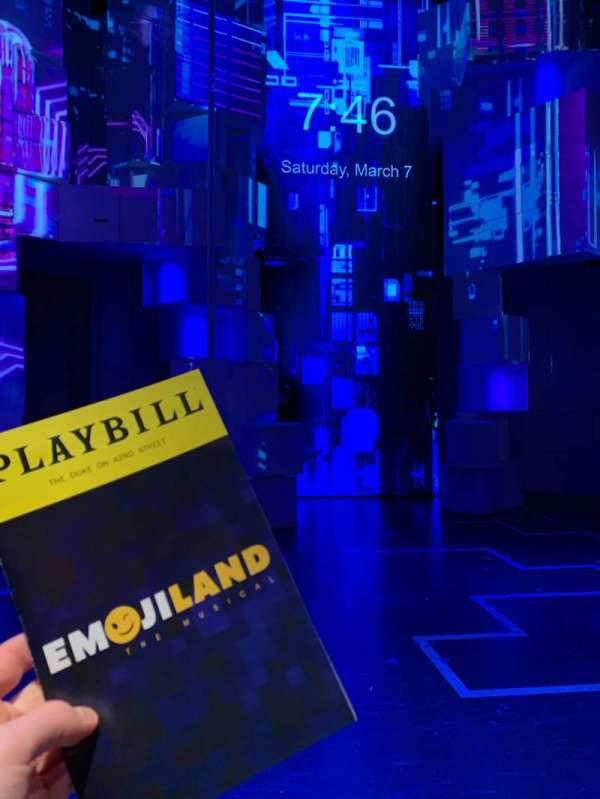 The Duke on 42nd Street, sección: Front Orch, fila: A, asiento: 104