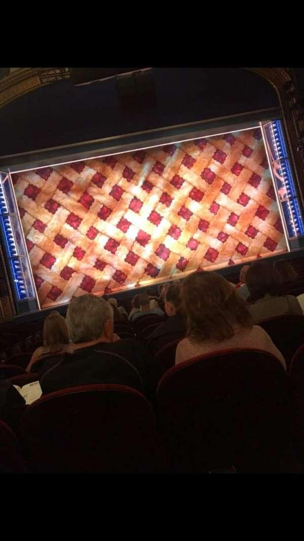 Brooks Atkinson Theatre, sección: Orchestra, fila: N, asiento: 103