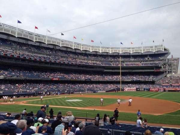 Yankee stadium, sección: 114b, fila: 20, asiento: 4