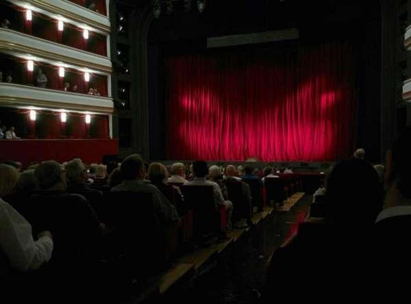 Volksoper Wien, sección: Parkett Rechts, fila: 19, asiento: 8