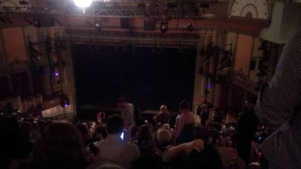 Neil Simon Theatre, sección: Mezzanine, fila: T, asiento: 126