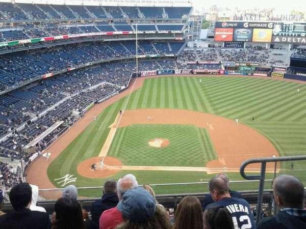 Yankee Stadium, sección: 417, fila: 5, asiento: 3