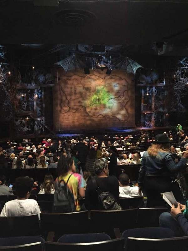 Gershwin Theatre, sección: orchestra l, fila: x, asiento: 5