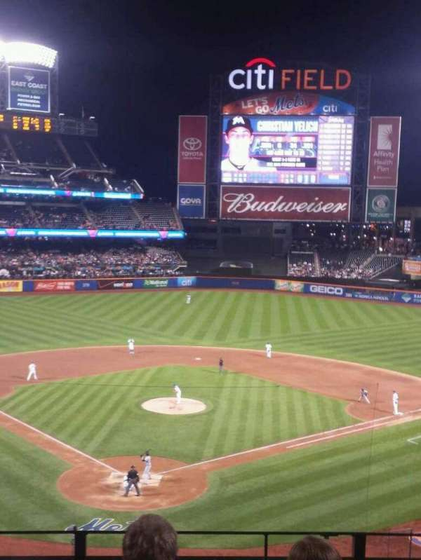 Citi Field, sección: 318, fila: 4, asiento: 6