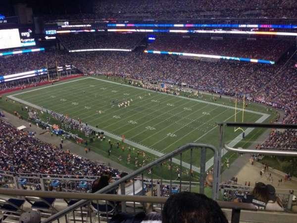 Gillette Stadium, sección: 302, fila: 9, asiento: 19