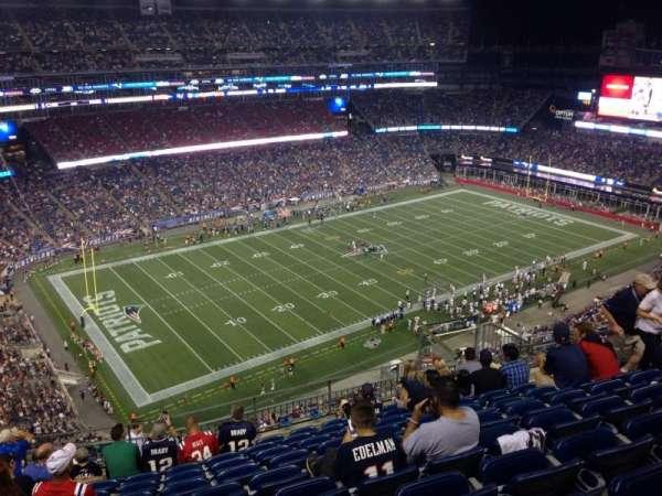 Gillette Stadium, sección: 337, fila: 17, asiento: 12