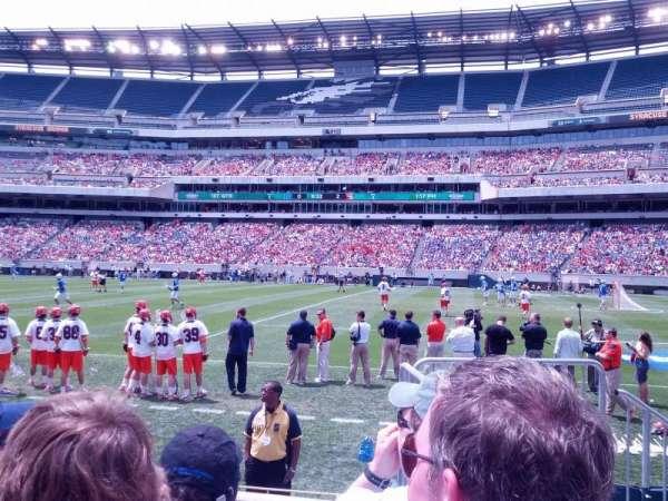 Lincoln Financial Field, sección: 122, fila: 3, asiento: 1