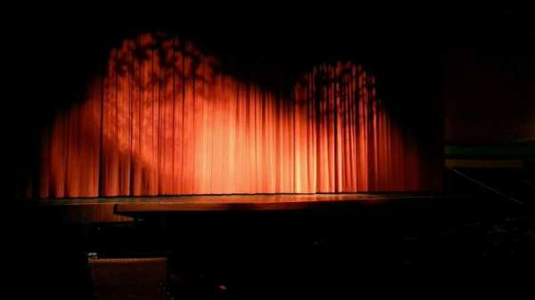 Landis Theater, sección: orchestra left, fila: k, asiento: 1