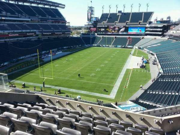 Lincoln Financial Field, sección: m13, fila: 12, asiento: 15