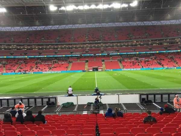 Wembley Stadium, sección: 122, fila: 15, asiento: 1