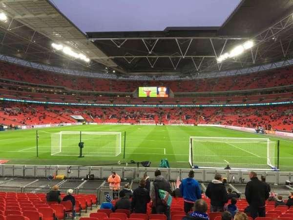 Wembley Stadium, sección: 132, fila: 17, asiento: 300