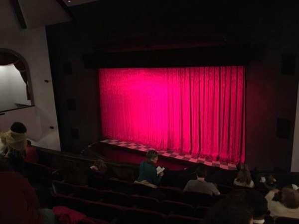 Walnut Street Theatre, sección: Mez R, fila: H, asiento: 308