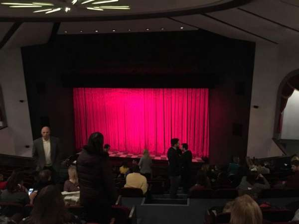Walnut Street Theatre, sección: Mez R, fila: M, asiento: 301