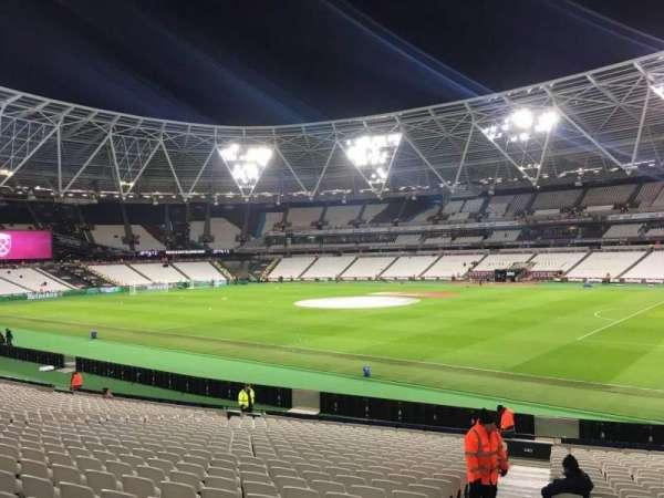 London Stadium, sección: 140, fila: 24, asiento: 158