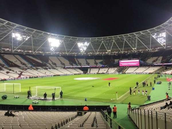 London Stadium, sección: 155, fila: 22