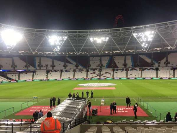 London Stadium, sección: 109, fila: 17