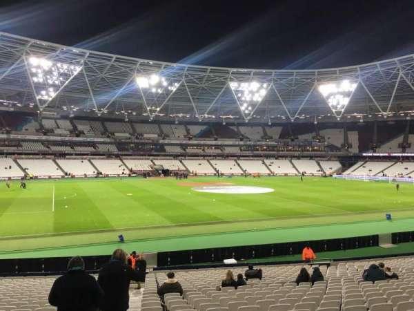 London Stadium, sección: 133, fila: 25