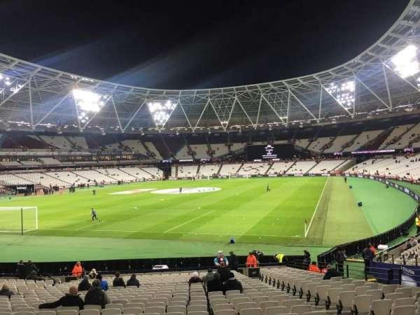 London Stadium, sección: 127, fila: 22