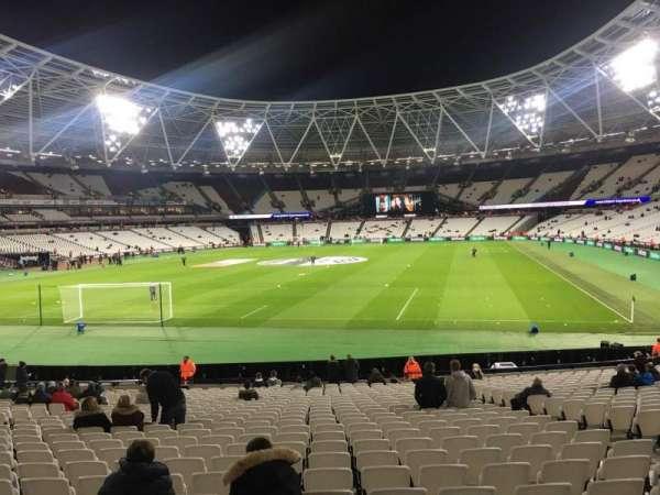 London Stadium, sección: 126, fila: 22