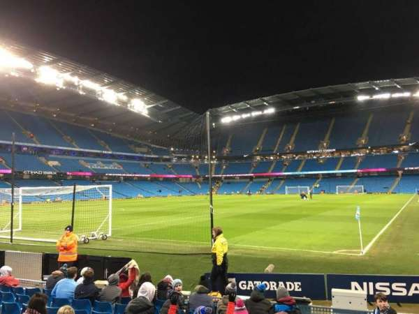 Etihad Stadium (Manchester), sección: 134, fila: G, asiento: 932