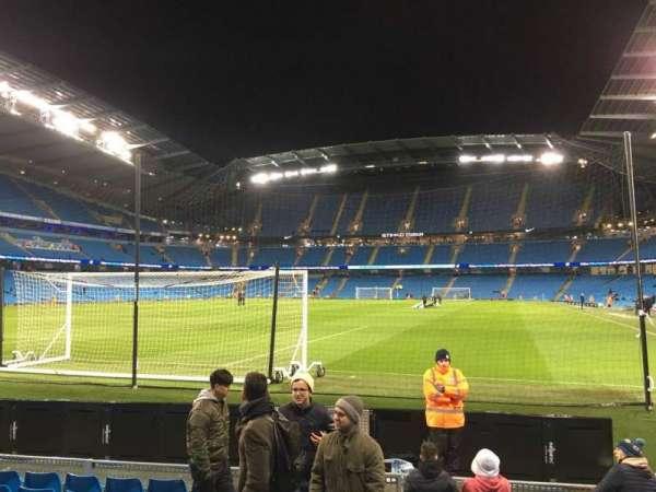 Etihad Stadium (Manchester), sección: 135, fila: E, asiento: 949