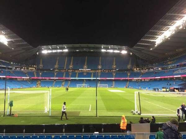 Etihad Stadium (Manchester), sección: 136, fila: N, asiento: 1000