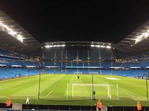 Etihad Stadium (Manchester), sección: 137, fila: X, asiento: 1030