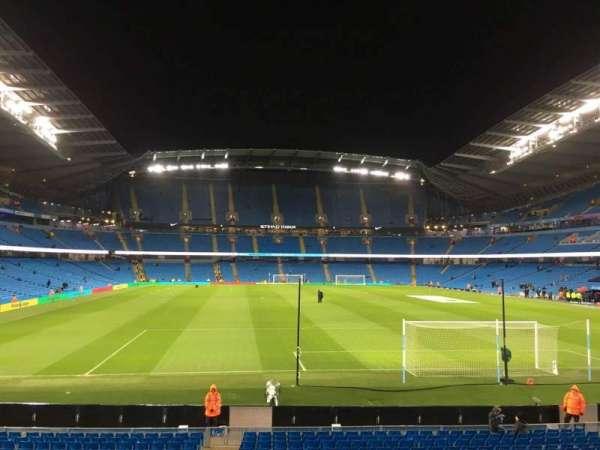 Etihad Stadium (Manchester), sección: 138, fila: X, asiento: 1050