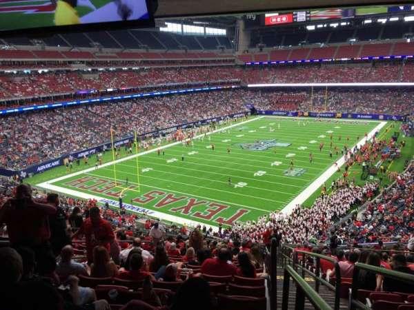 NRG Stadium, sección: 348, fila: V, asiento: 1