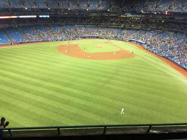 Rogers Centre, sección: 544R, fila: 4, asiento: 7