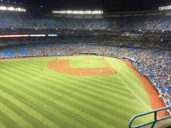 Rogers Centre, sección: 541L, fila: 3, asiento: 103