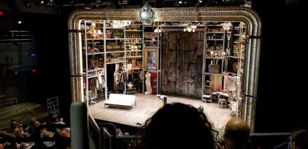 Laura Pels Theatre, sección: Rear Mezz, fila: CC, asiento: 2