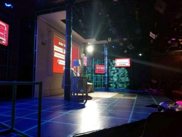 Westside Theatre, sección: ORCH, fila: B, asiento: 11