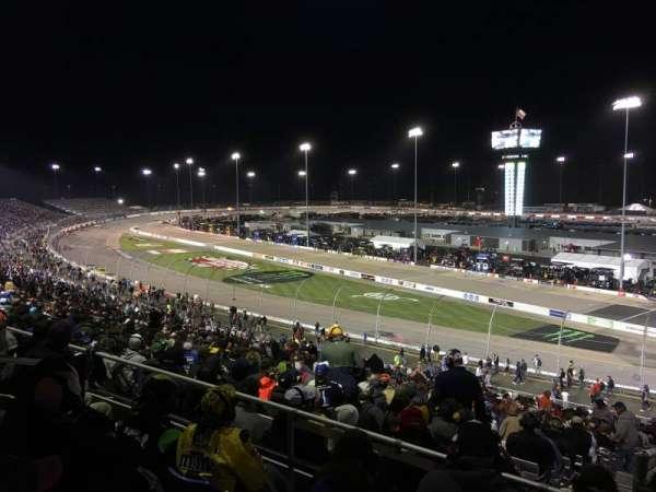 Richmond International Raceway, sección: P, fila: 4, asiento: 5