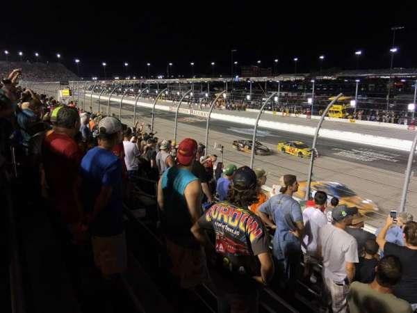 Darlington Raceway, sección: Wallace, fila: 15, asiento: 15