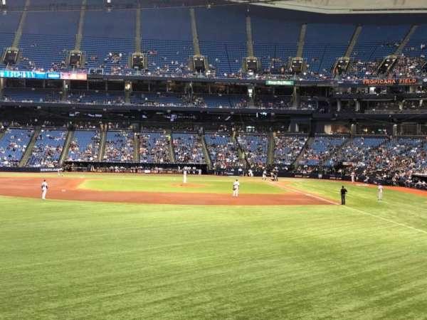 Tropicana Field, sección: 143, fila: AA, asiento: 18