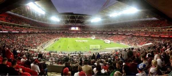 Wembley Stadium, sección: 113, fila: 44, asiento: 41
